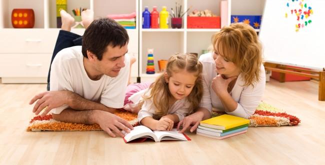 5 έξυπνοι τρόποι να βοηθάς το παιδί με το διάβασμα στο σπίτι